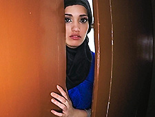 21 YEAR OLD REFUGEE IN MY HOTEL ROOM FOR SEX
